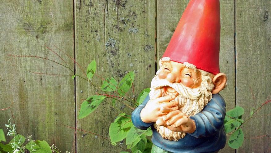 garden-gnome-13f94d6691d74510VgnVCM200000d6c1a8c0____