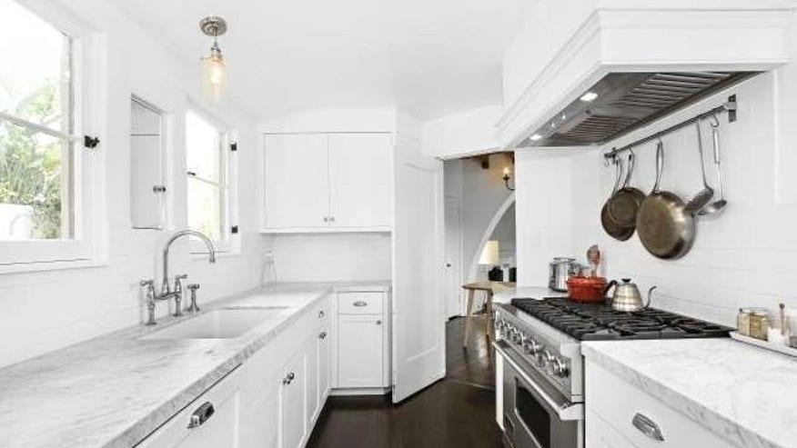 glendale-kitchen-e1462563225706-4e4e668faf684510VgnVCM200000d6c1a8c0____