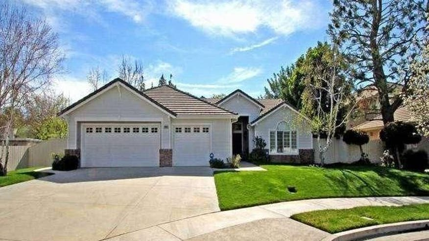 Ray romano sells modest million dollar home in woodland for 100000 dollar house