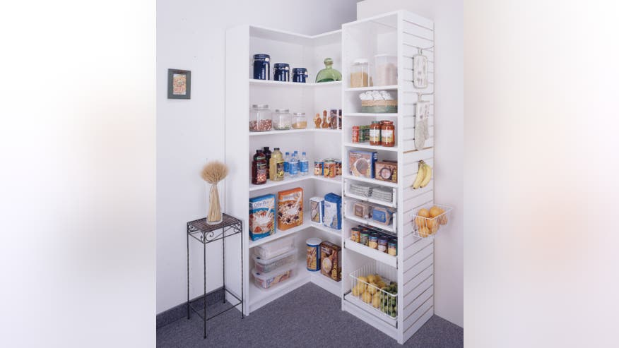 Closets-by-Design-pantry-e146723585-8266e66b89d95510VgnVCM200000d6c1a8c0____