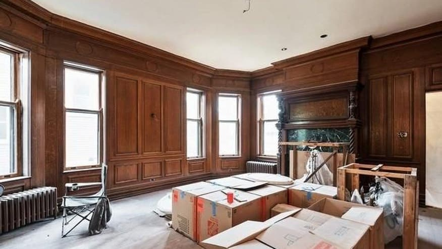 Extras Wanted Feature Film Shooting Evanston as well Vintage Industrial Wooden Mahogany Cabi  Makers Workbench Oscar Mayer besides Vintage Industrial Wooden Mahogany Cabi  Makers Workbench Oscar Mayer besides Chicagocitywire likewise Oscar Mayer Chicago Home. on oscar mayer mansion in illinois