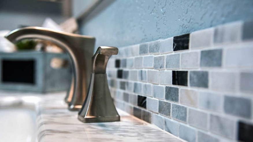 bathroom-tile-faucet-9312d3540c806510VgnVCM100000d7c1a8c0____