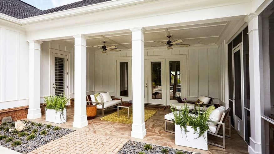 more-outdoor-rooms-05146fc045316510VgnVCM100000d7c1a8c0____