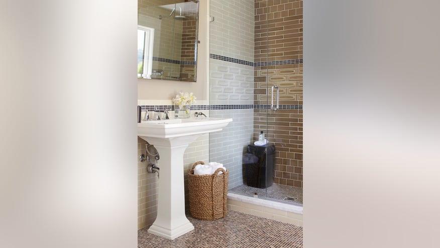 transitional-bathroom-3615f62ae9d26510VgnVCM100000d7c1a8c0____