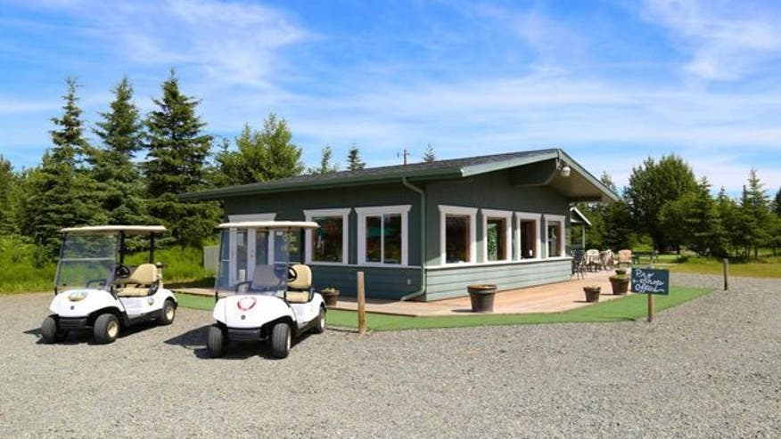 Alaskas-most-expensive-home-golf-co-413fffeab4836510VgnVCM100000d7c1a8c0____