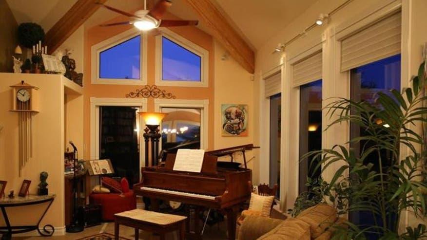 Alaskas-most-expensive-home-music-r-413fffeab4836510VgnVCM100000d7c1a8c0____