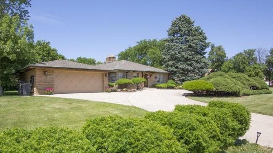 Tuffanelli-house-exterior-0c57b785f7736510VgnVCM100000d7c1a8c0____
