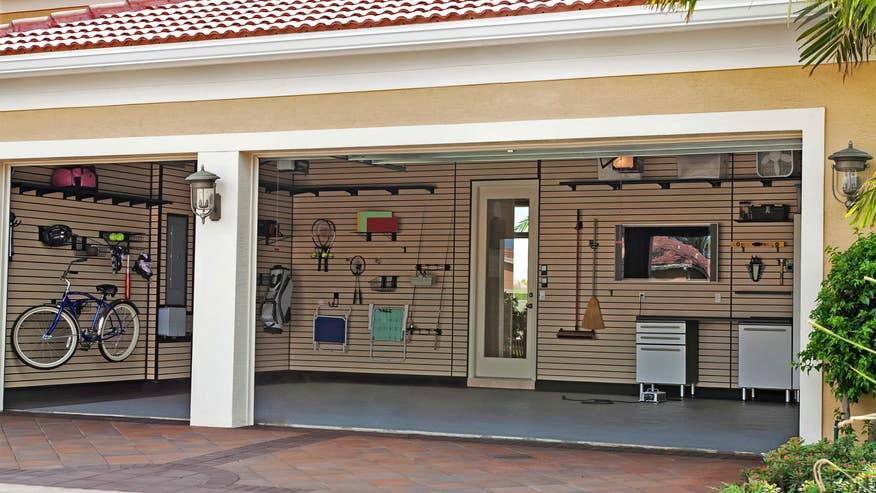 organized-garage-df35c2ec5b556510VgnVCM100000d7c1a8c0____