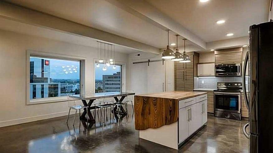 billings-MT-penthouse-kitchen-04c570e205496510VgnVCM100000d7c1a8c0____