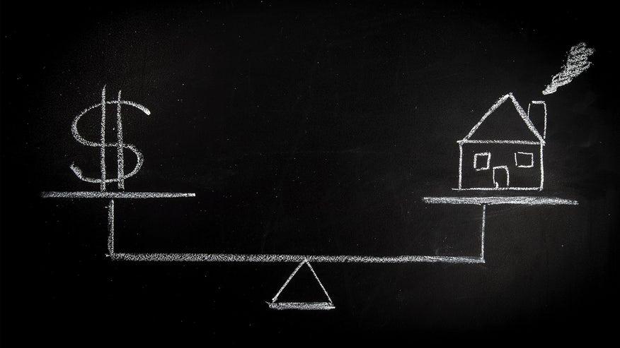 house-money-scale-chalkboard-14832c87d43a6510VgnVCM100000d7c1a8c0____
