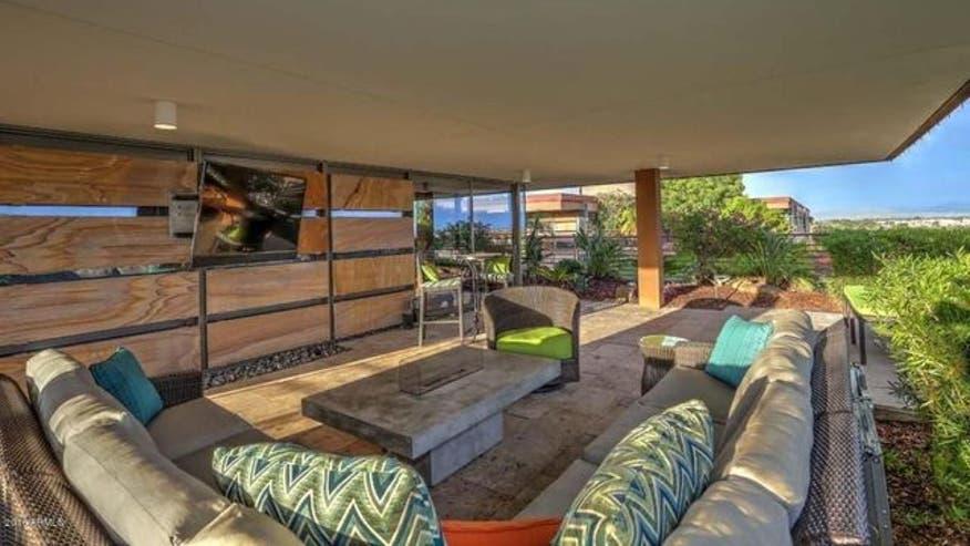 Max-Scherzer-outdoor-living-room-ca711e7b743c6510VgnVCM100000d7c1a8c0____