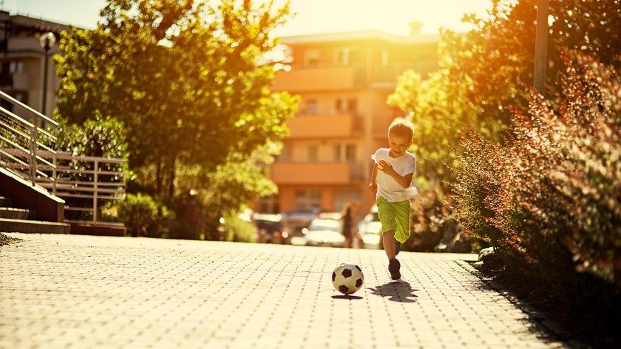 nice-neighborhood-soccer-188560724b0c6510VgnVCM100000d7c1a8c0____