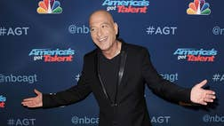 After two purchases this year, America's Got Talent judge Howie Mandel is now the owner of three condos in the same downtown Santa Monica building. The post What a Deal! Howie Mandel Loves Loft-Style Living in Santa Monica appeared first on Real Estate News and Advice - realtor.com.