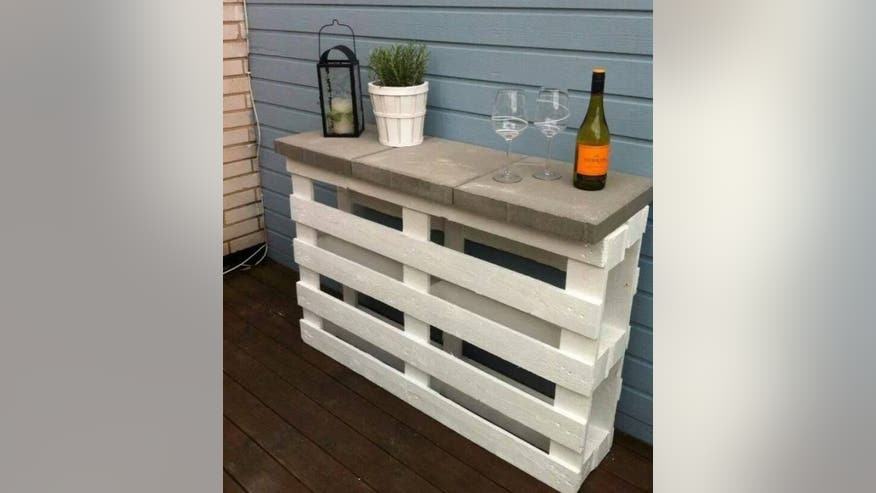 Outdoor-Pallet-Furniture-DIY-ideas--f5615723a49e6510VgnVCM200000d6c1a8c0____