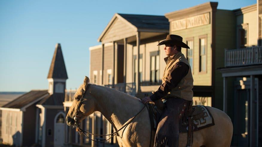 Tom-Fords-Ranch-cowboy-e14728504919-31f5b5054b7f6510VgnVCM200000d6c1a8c0____