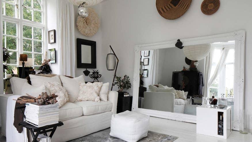 huge-mirror-living-room-1ee9a7e69b507510VgnVCM100000d7c1a8c0____