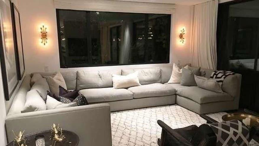 Crest-View-living-room-e14737048352-c1f2f1e130e17510VgnVCM200000d6c1a8c0____