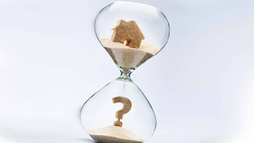 house-in-hourglass-question-mark-0b0a5313c6447510VgnVCM100000d7c1a8c0____