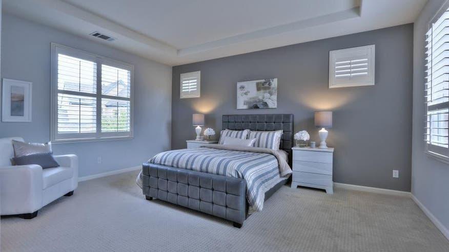 1041-Garrity-Way-bedroom-677bd22a2b4c7510VgnVCM100000d7c1a8c0____