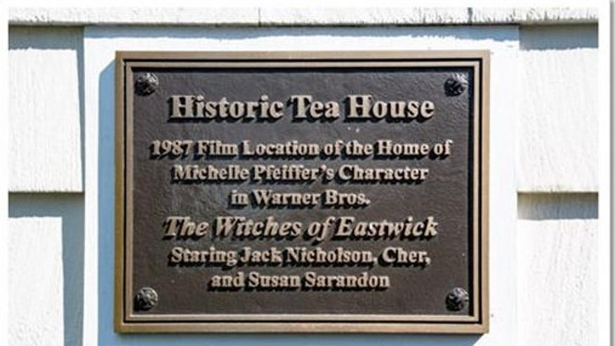 Witches-of-Eastwick-House-plaque-03e5a3d979cf7510VgnVCM100000d7c1a8c0____