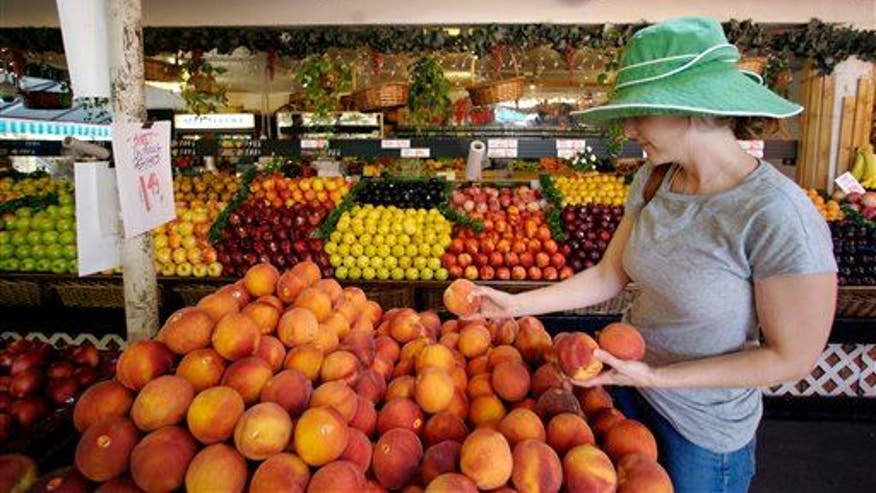 Here's what is wrong with farmers markets