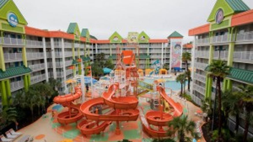 The-Waterpark-at-the-Nickelodeon-Suites-Resort-Orlando-300x199