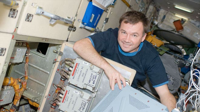 Russian resigns command of International Space Station for 'better job'
