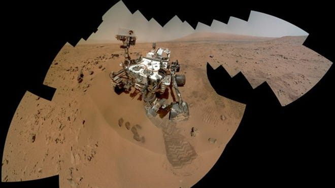 H2 oh my: NASA's Curiosity rover finds water in Mars dirt