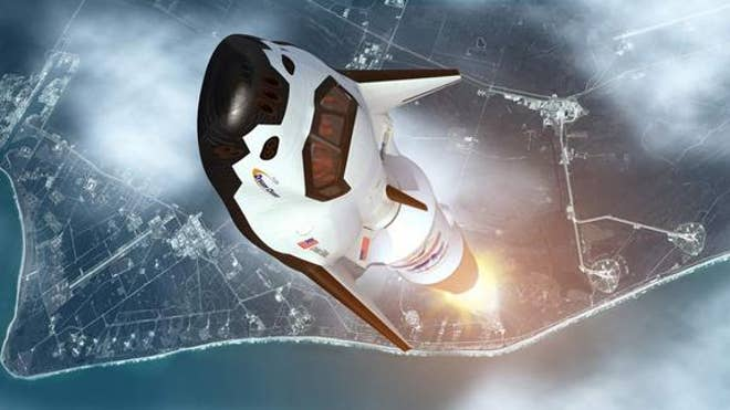 NASA chief Bolden urges Congress to fund private space taxis