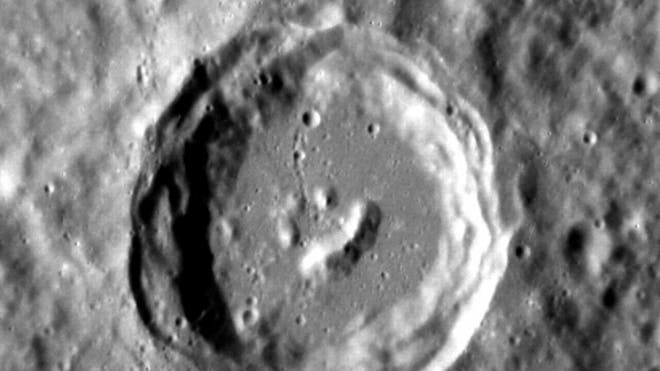 mercury-happy-crater