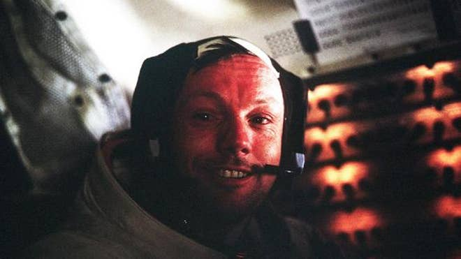 neil-armstrong-apollo-11-lem