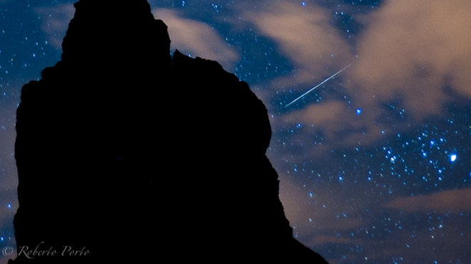 quadrantid-meteor-shower-2012-over-roques-Garcia