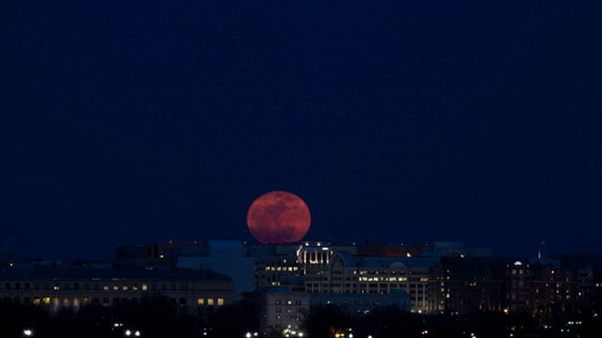 supermoon-2011-sandy-adams-dc