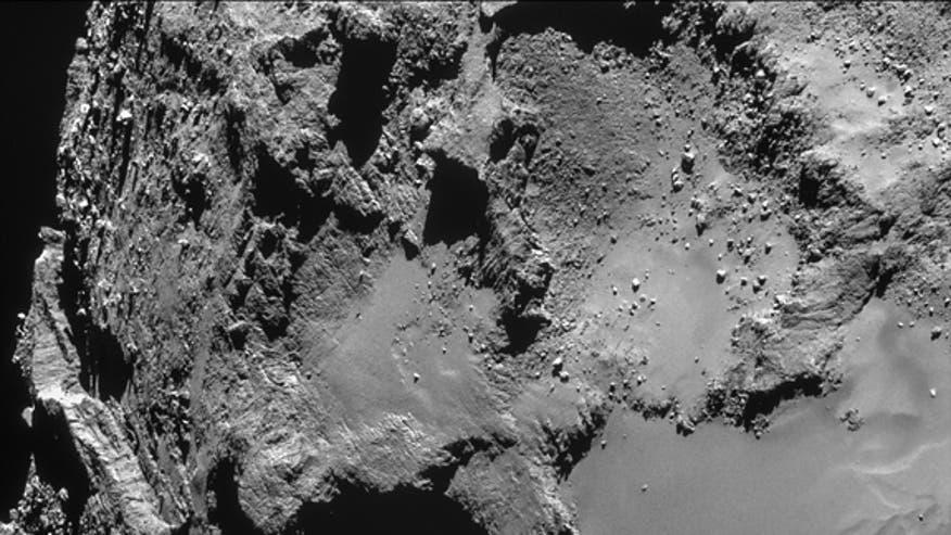 rosetta-close-flyby-comet-67p-feb-14-2015