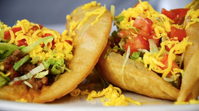 Best tacos in america for national taco day fox news for Seashell fish chicken chicago il