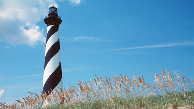 OuterBanks_LighthouseCreditIstock.jpg