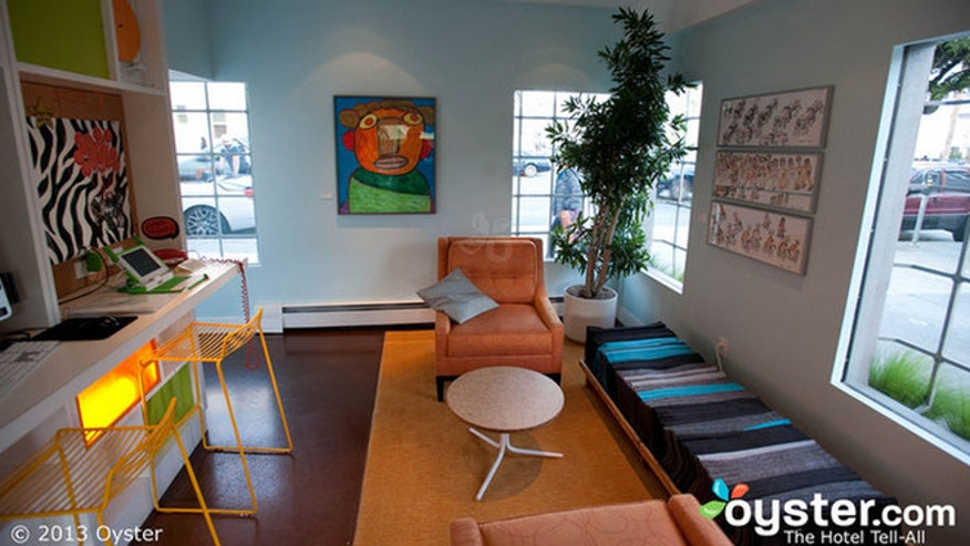 Top 7 hipster hotels fox news for Hipster hotel