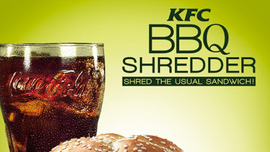 KFC%20BBQ%20Shredder%20Sandwich Fast Food Worker Confessions #YIKES