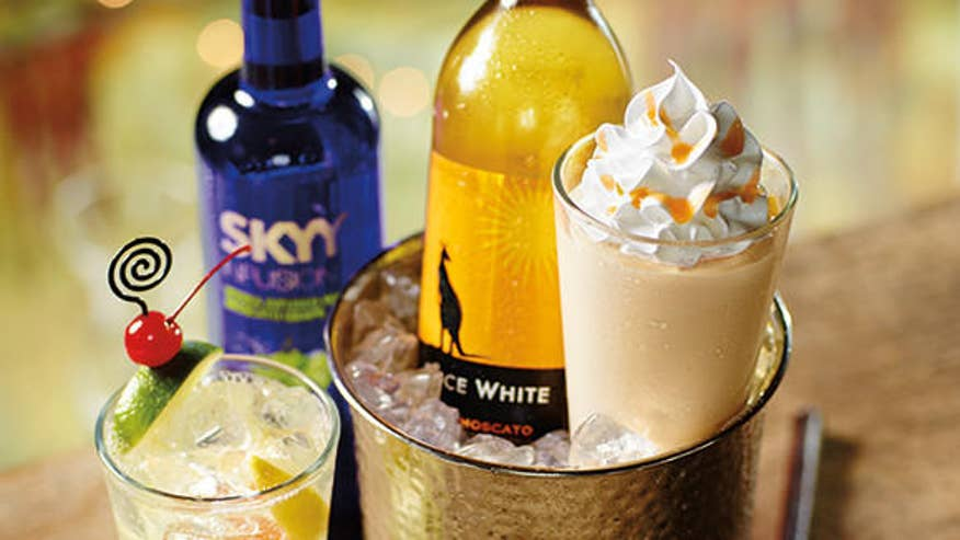 chi-red-robin-introduces-wine-milkshake-201403-001.jpg