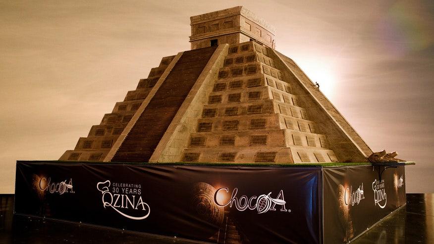 choco_pyramid.jpg