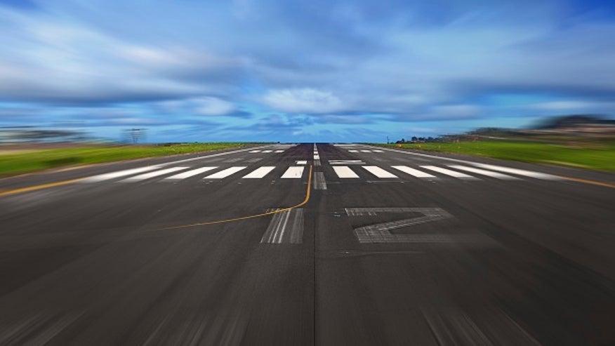 istock_AirportRunway.jpg