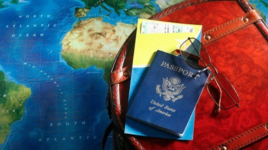 istock_fee_passport.jpg