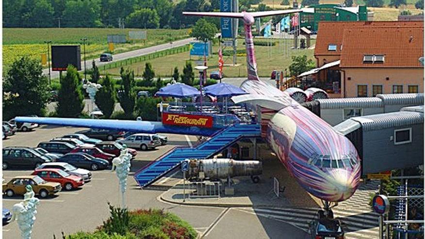 jet-restaurant-002.jpg