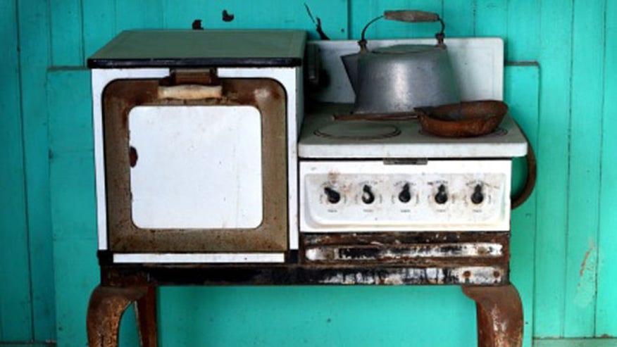 retro.kitchen.istock.jpg