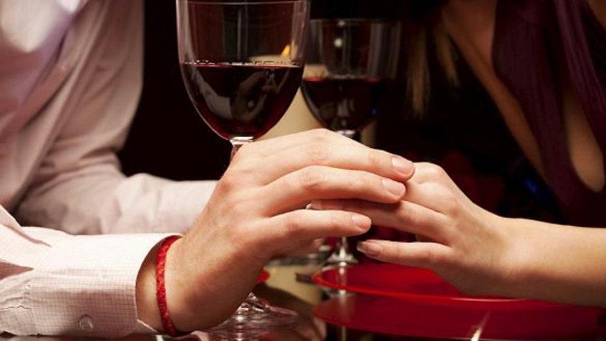 romanticrestaurantistock.JPG