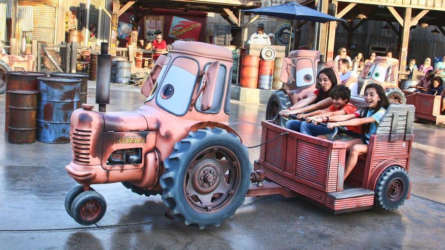 tk_tractorride.jpg
