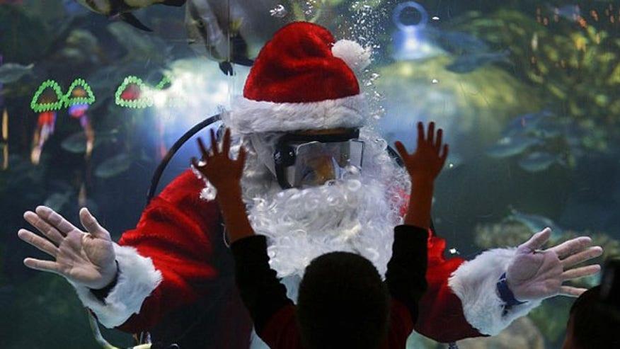 underwater_santa2.jpg