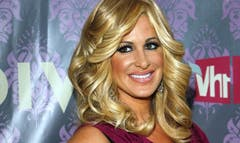 Stripped down to her skivvies,Kim Zolciakbared her bottom on Instagram Monday ahead of a spa procedure that would freezeher most notable asset.
