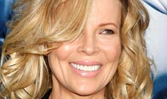Hollywood legend Kim Basinger has been signed up to star in the sequel to Fifty Shades of Grey.