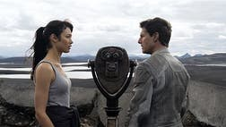 ">""Oblivion"" is a spectacular science fiction movie... until it isn't."